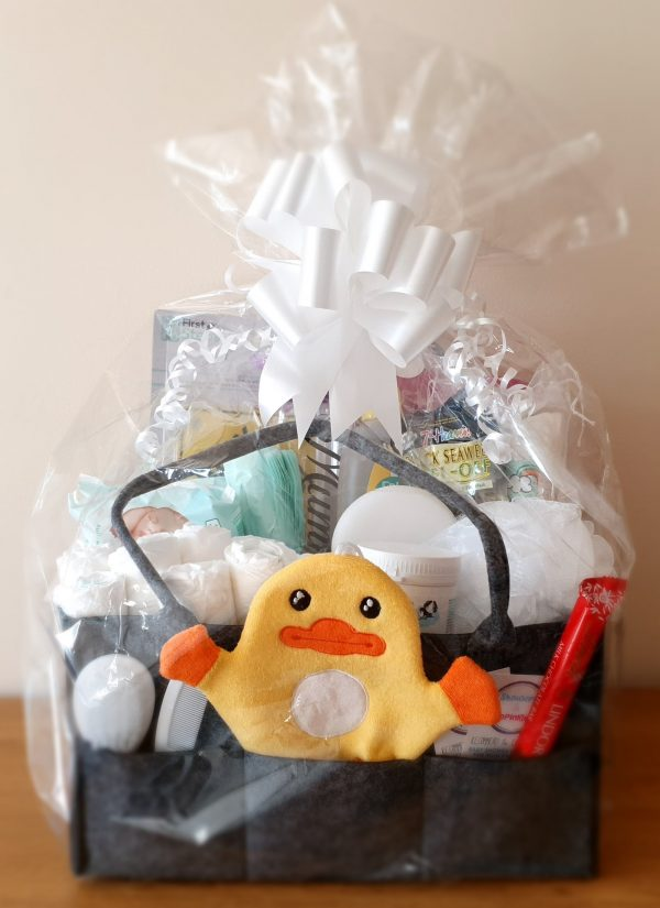 Deluxe combo mum and baby gift hamper in neutral